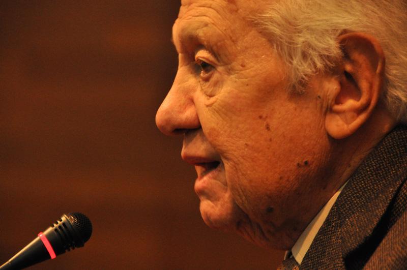 Отовсюду обо всем: В Португалии скончался экс-президент Мариу Суариш