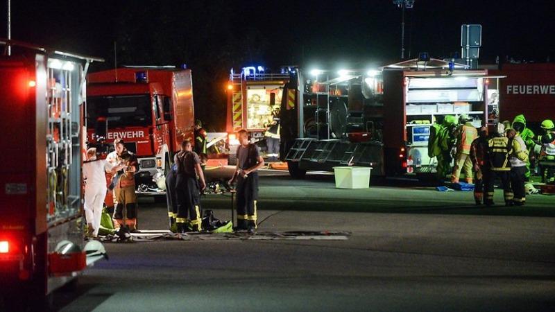 Происшествия: Авария на А24 : из цистерны вытекло 12 тонн азотной кислоты