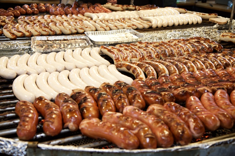Досуг: Немецкая кулинария: какая колбаса вкуснее, и с чем ее едят?