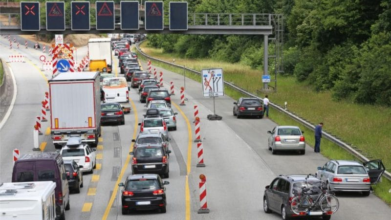 Закон и право: Законы немецких автобанов: что нельзя делать в заторе