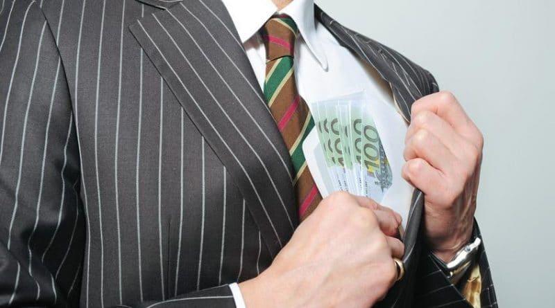 Деньги: €100 тыс. в год без образования: реальность или миф?