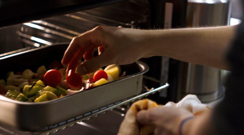 Общество: Как повару устроиться на работу в Германии