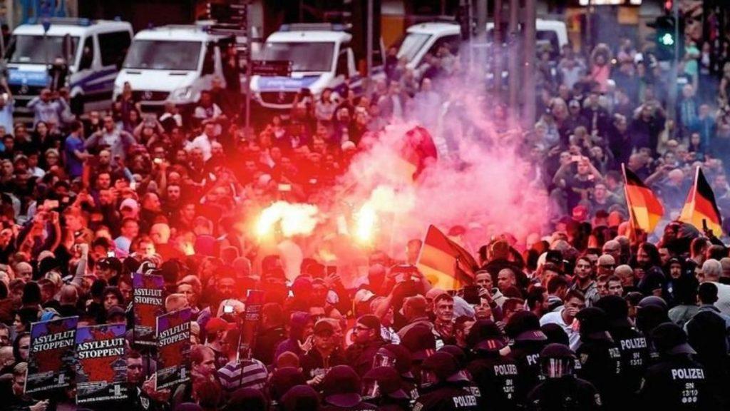 Общество: В Восточной Германии растет уровень насилия против беженцев