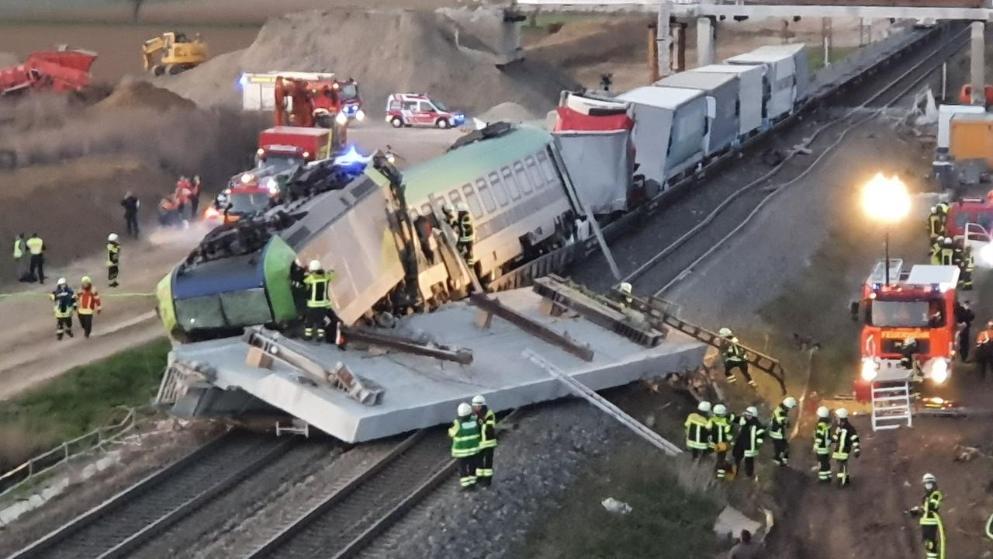 Происшествия: В Баден-Вюртемберге поезд врезался в бетонную плиту: один погибший, несколько раненных