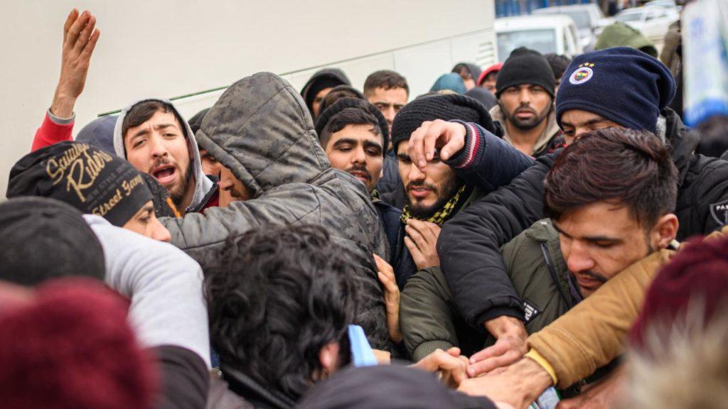 Политика: Больше, чем другие страны ЕС: Германия приняла 10 000 беженцев